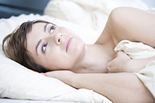 Schlafmangel und schlechte Schlafqualität sind weit verbreitet. Insbesondere Frauen und ältere Menschen sind betroffen.